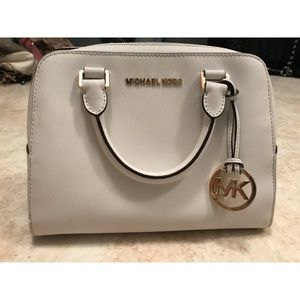 6fa9a172937a Women s Michael Kors Handbags Marshalls on Poshmark